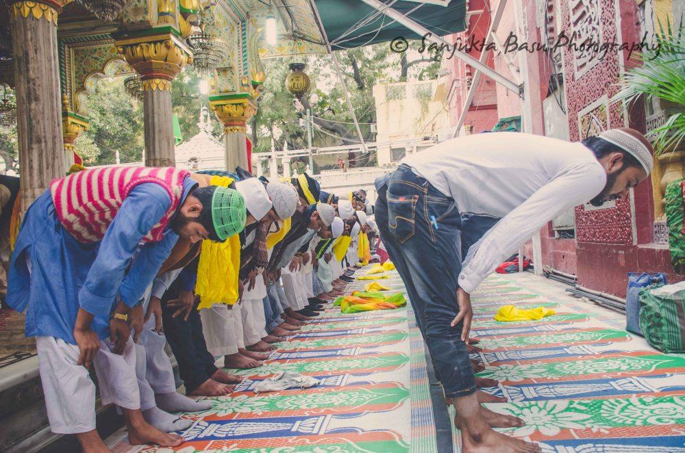 Basant at nizamuddin dargah-13