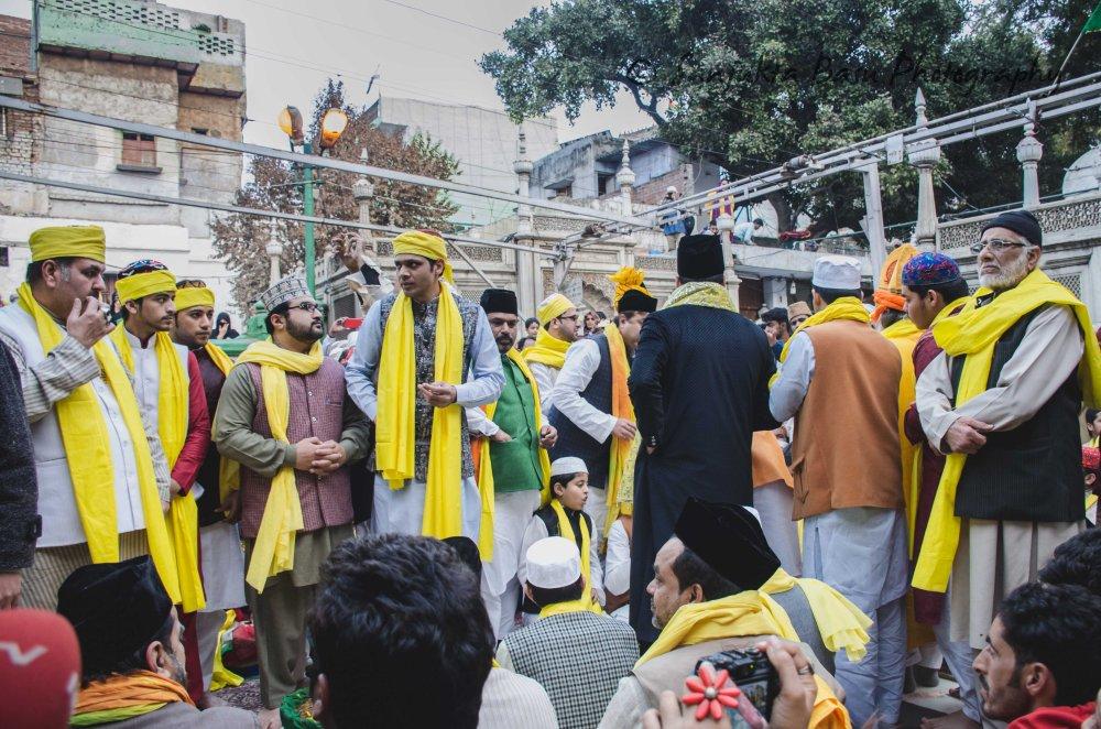 Basant at nizamuddin dargah-22
