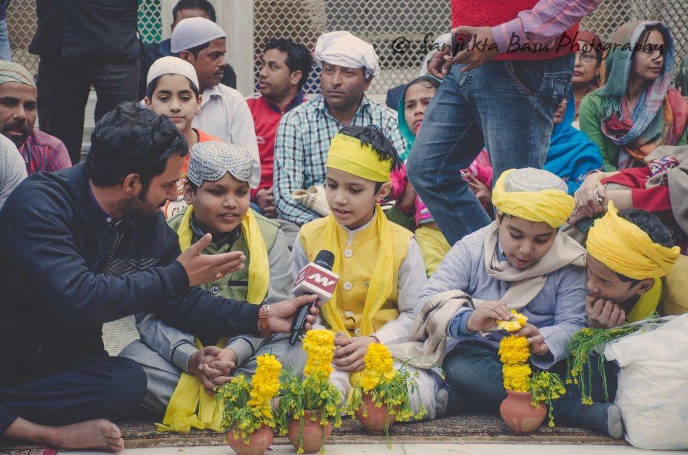 Basant at nizamuddin dargah-4